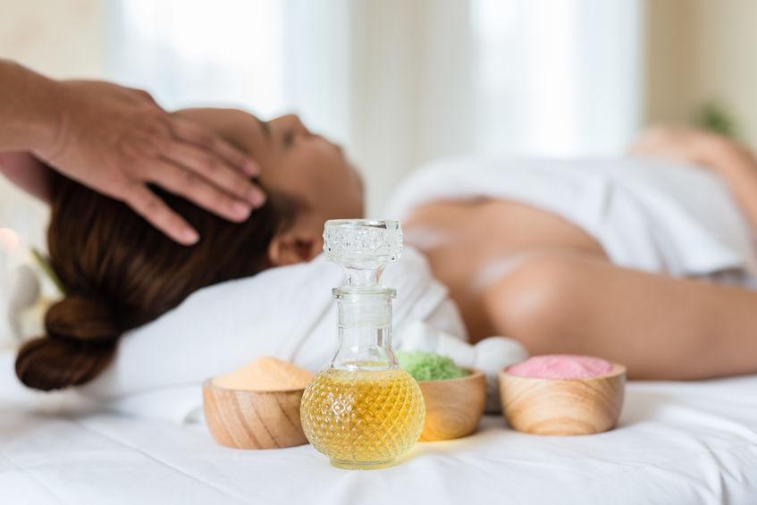 Oli e sali utilizzati in un massaggio termale