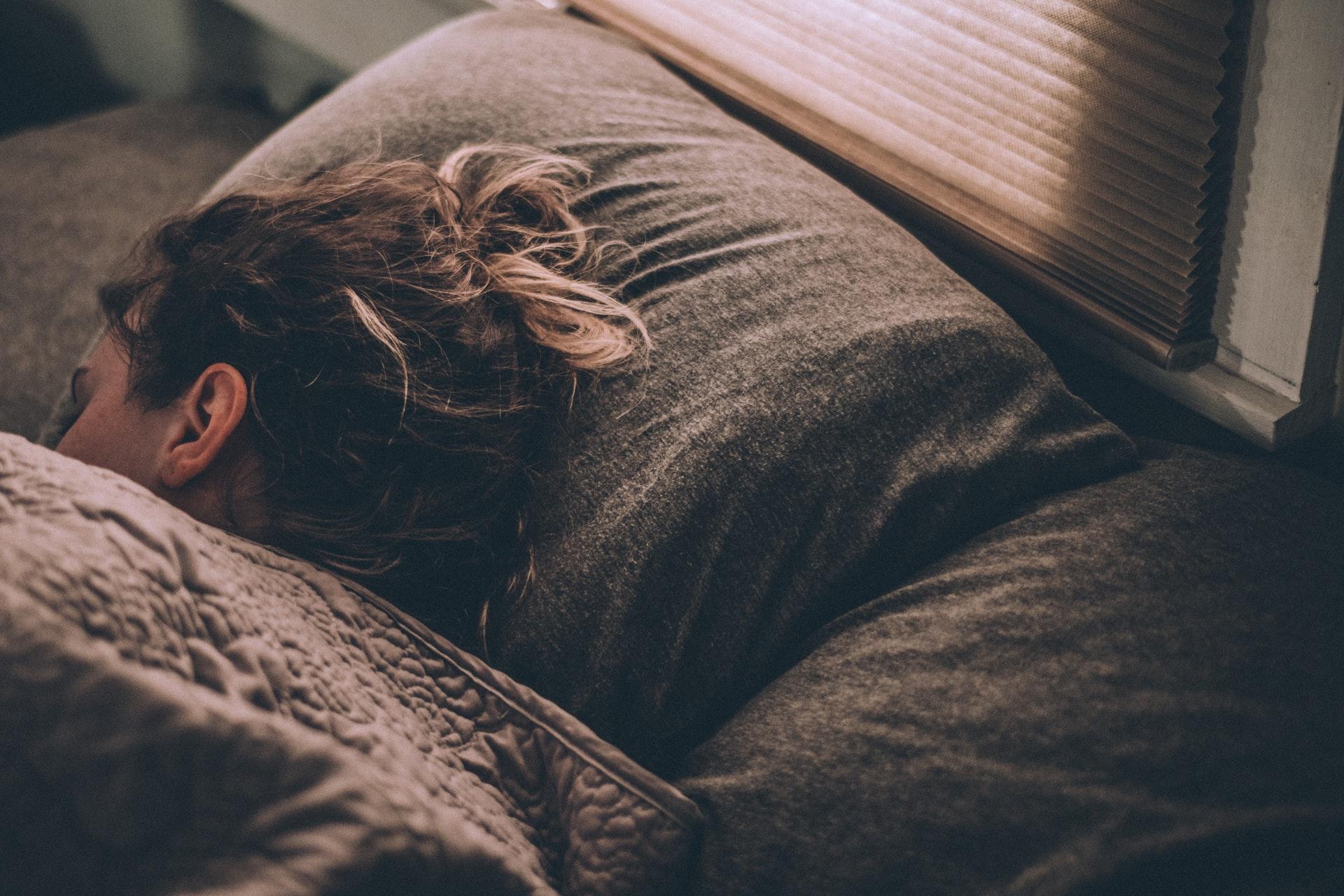 Donna che riposa